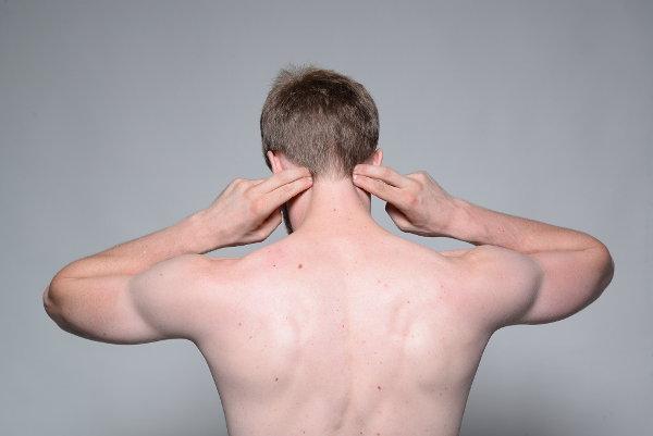 Kopfschmerzen am Hinterkopf selbst behandeln