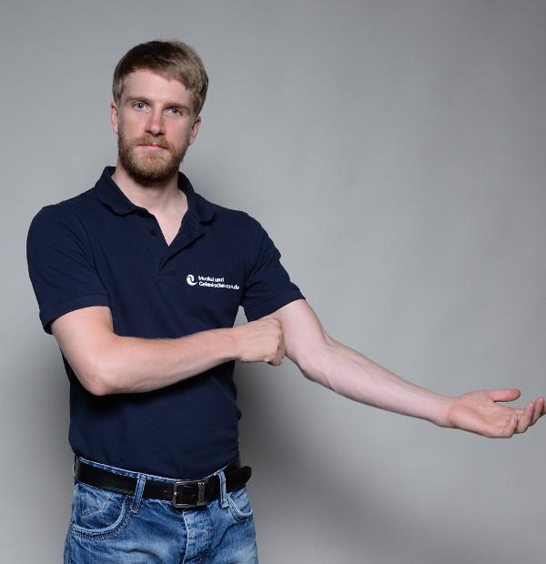 Muskelschmerzen im Oberarm - vorne - selbst behandeln